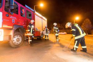 23.02.2018 Lampertheim - Hofheim  Lampertheim Lokales / Ölspur auf der Strecke Worms - Nordheim  Feuerwehr Hofheim