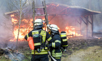 2018-Bürstadt-Brand-eines-Lagergebäudes